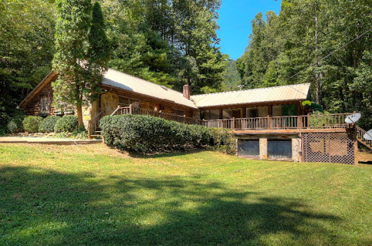 4696 NC 226A Spruce Pine NC 28777 | FoxFire Real Estate