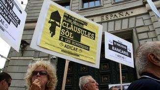 Manifestació contra les clàusules terra abusives dels bancs
