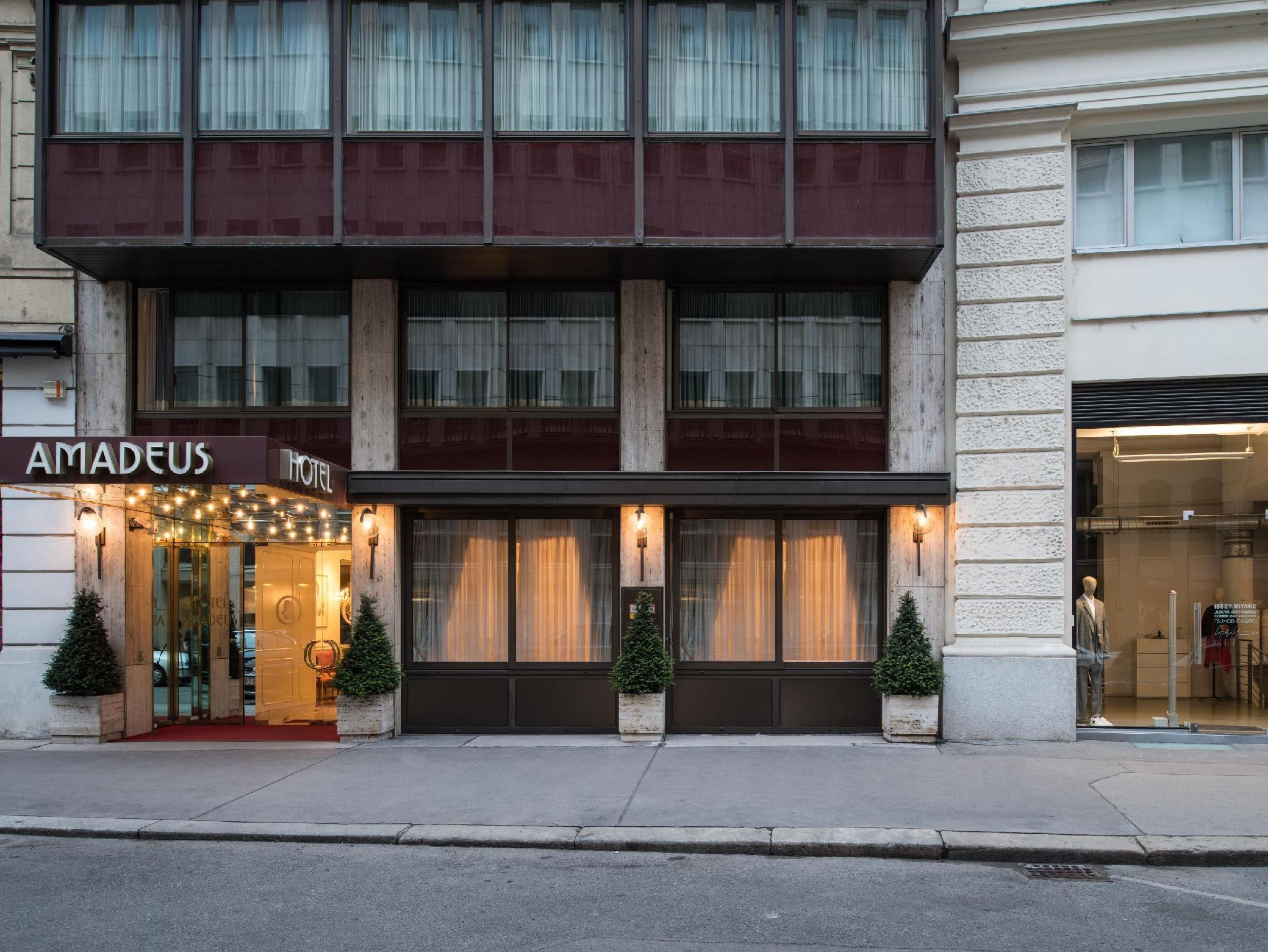 Price Hotel Amadeus