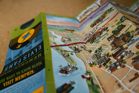 In Era of Google Maps, Fans of Paper Maps Refuse to Fold - WSJ - WSJ