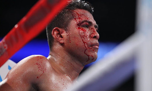 Rungvisai stuns Chocolatito for super flyweight title