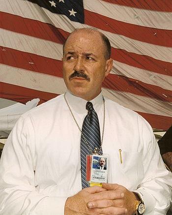 English: NYPD Police Commissioner Bernard Keri...