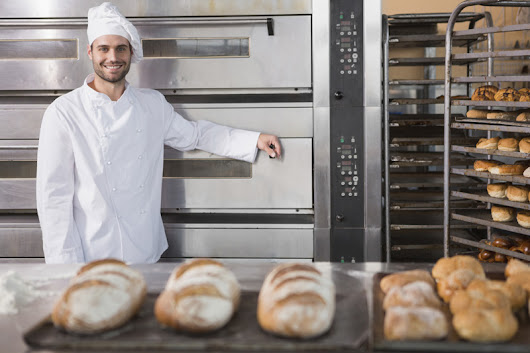 What Skills Do You Need to Do Well in Baking School? | Study Hospitality Management | SwissEducation | India | Bandra East