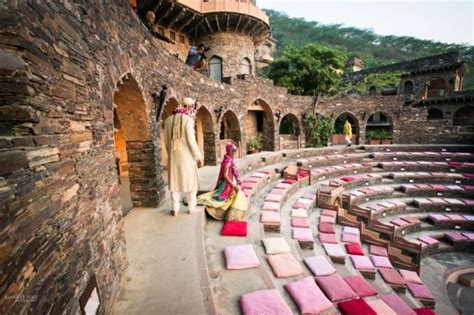 A Destination wedding in Neemrana Palace that gives back