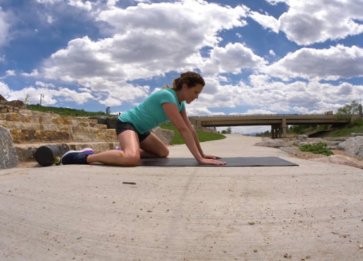 Hip Mobility Drills to Improve Your Running and Loosen Tight Hips - RunToTheFinish