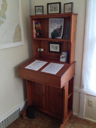 Information desk in the sunroom