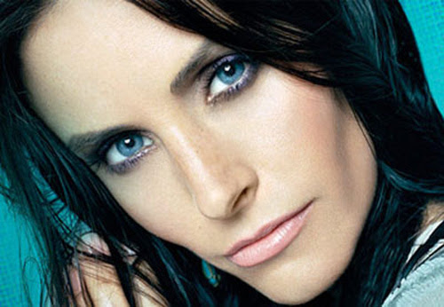 The Best Hair Color For Blue Eyes Find The Best Color For You