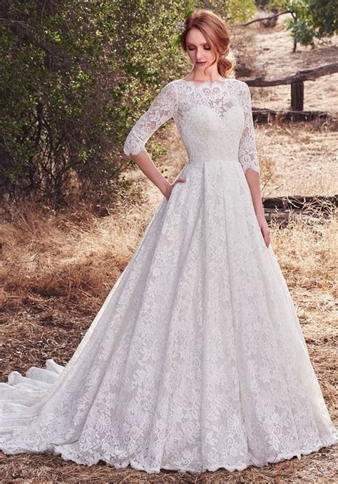 13 Autumn Wedding Dresses You'll Want Right Now!   Wedding