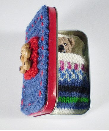 Free knitting pattern for Pocket Ted toy