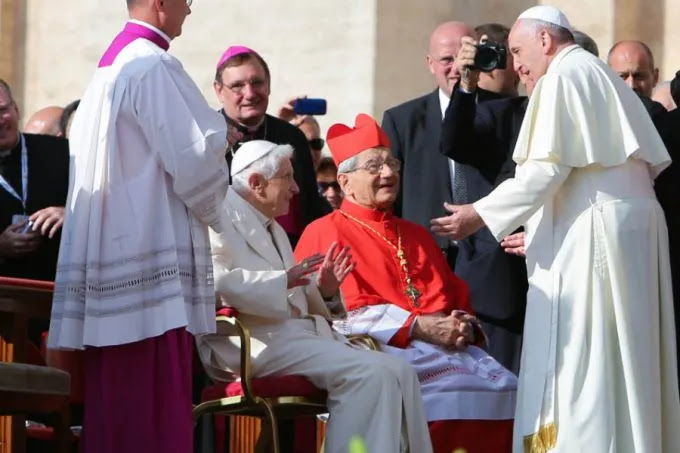 Pope Francis speaks to the elderly in St. Peter's Square Sept. 28, 2014. Credit: Lauren Cater/CNA.