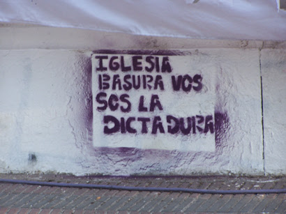 iglesia_basura1