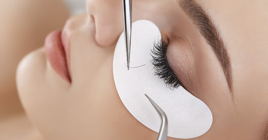 Eyelash extensions - question and answer post - Lena Talks Beauty