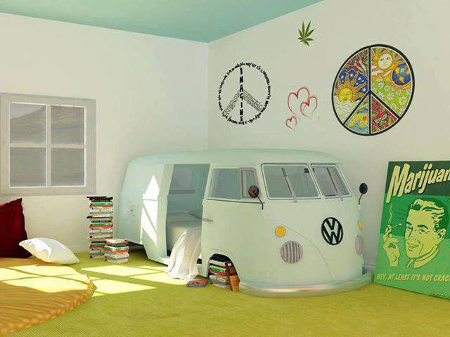 VW-Camper-Bed-in-a-kid's-bedroom