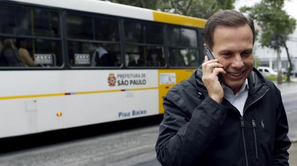 Resultado de imagem para doria ônibus