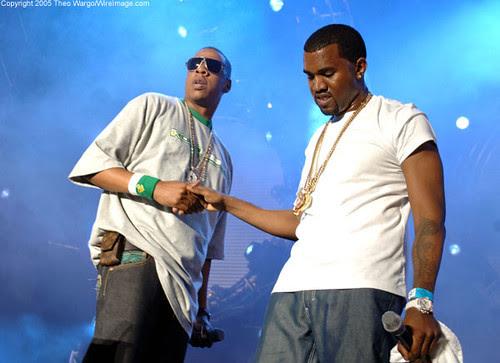 Jay-Z faz homenagem para mãe de Kanye West em NY