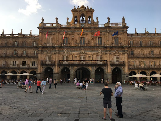 """I'll Meet You Under the Clock in Salamanca, Spain!"""