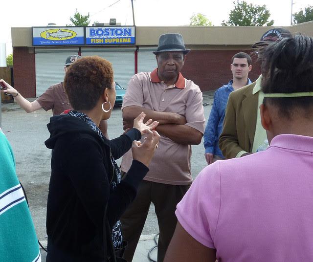 P1060162-2012-03-25-English-Avenue-Historic-Westside-Phoenix-Flies-Atlanta-Preservation-Center--Tracy-Bates