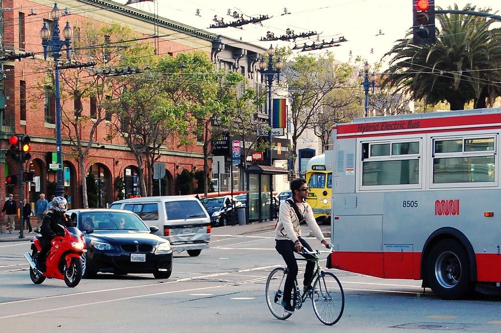 car. moto. cycle. bus.