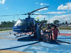 Feridos em queda de helicóptero em Jaguaripe, na Bahia, foram levados para o Hospital do Subúrbio. Bahia (Foto: Graer / Divulgação)