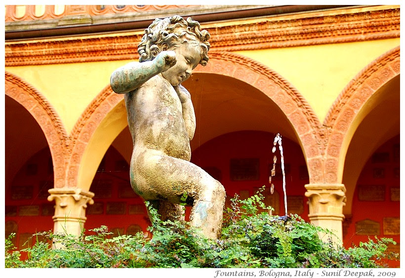 Most beautiful fountains - Italy, Bologna - Images by Sunil Deepak