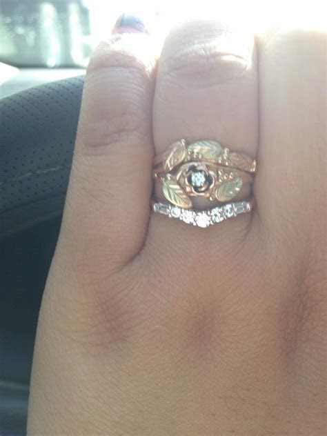 """Calling all """"small"""" engagement/promise rings"""