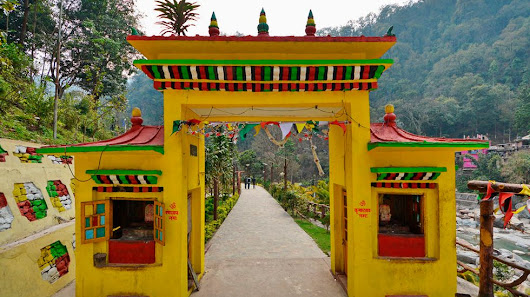 Gyalshing or Gyezing in Western Sikkim, Places to visit in Gyalshing, Offbeat tourist destination in Sikkim. | North Bengal Tourism