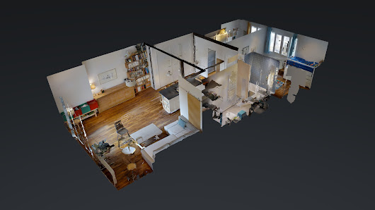 Explore Appartement 18ème - Maison Bleue in 3D