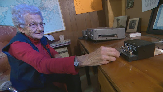 WWII vet taps out Morse code across the ocean, 74 years after joining war effort