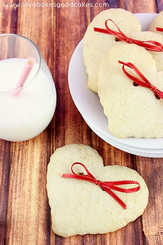 Hearts & Bows Cookies #cookies #ValentinesDay