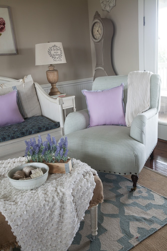 blue-chairs-CEDAR-HILL-FARMHOUSE-8