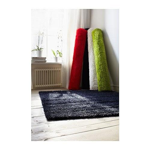 HAMPEN Matta, lång lugg IKEA Slitstark, fläcktålig och enkel att sköta eftersom mattan är gjord av syntetiska fibrer.
