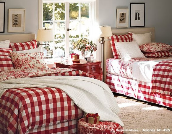 twin bedding in christmas