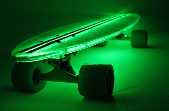Clear29 LED skateboard lets you downhill skate in the dark  MIKESHOUTS