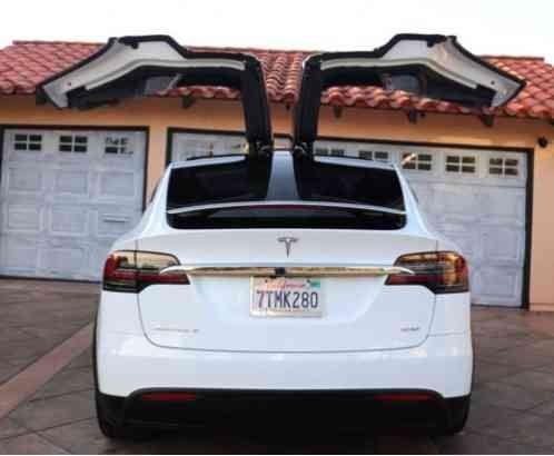 Tesla Mannequin Y Black With Inside 3D Model