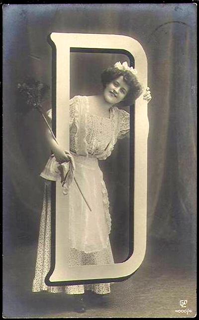 D frame_woman dress duster_sRGB_400