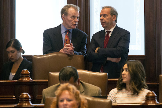 Illinois Senate approves major income tax hike despite Rauner veto threat