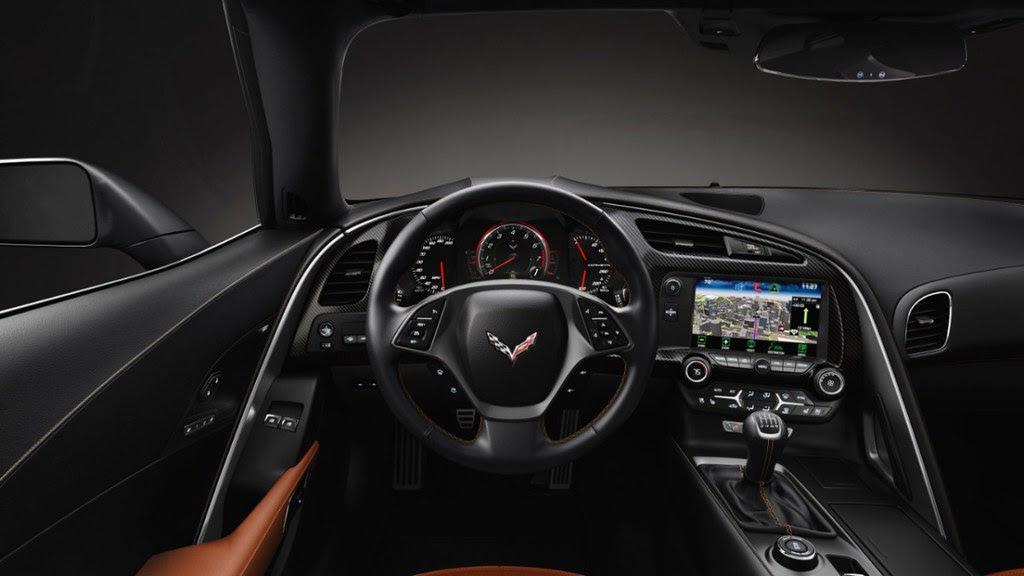 2014-Chevrolet-Corvette-040-medium