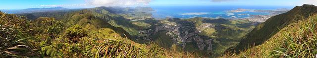 Aiea Ridge Pano 03 crop75