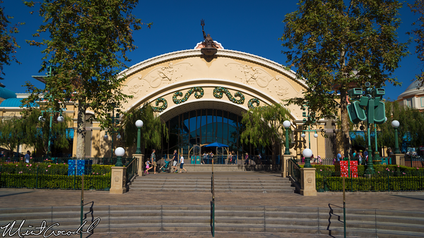 Disneyland Resort, Disney California Adventure, Paradise Pier, Little Mermaid, Christmas, Time