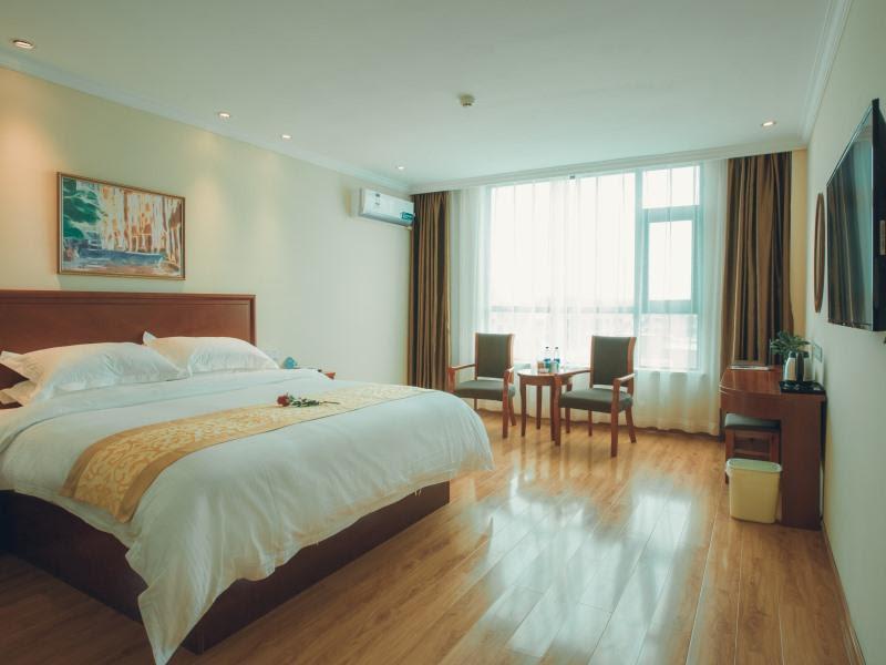 GreenTree Inn Zhoukou Huaiyang County Longdu Avenue Xihe Square Express Hotel Discount