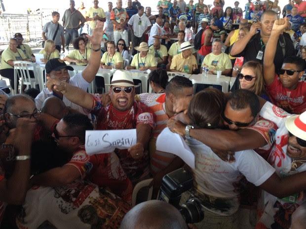 Imperadores do Samba é a campeã do Carnaval de Porto Alegre em 2014 (Foto: Caetanno Freitas/G1)