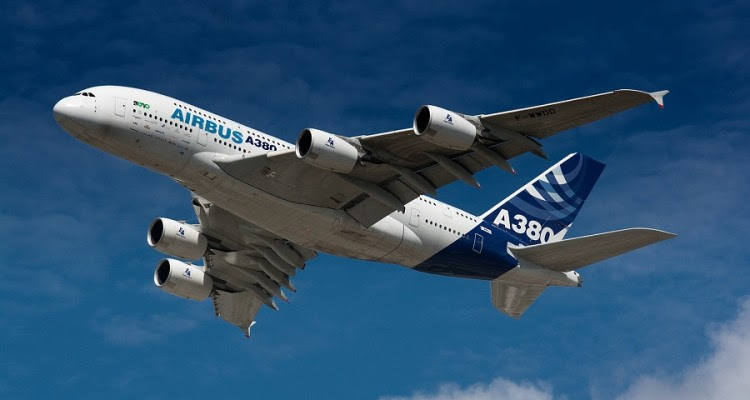 Airbus A380 900px