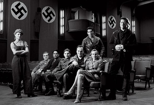 http://theaterofmine.files.wordpress.com/2009/05/inglourious-basterds-cast11.jpg