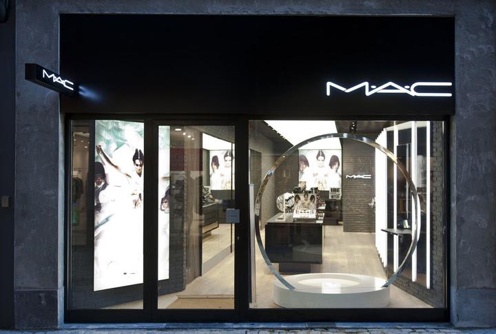 » MAC Cosmetics store by Pinkeye, Liège