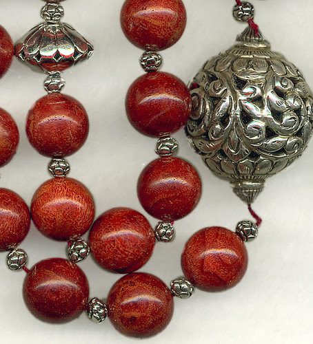 Red silver detail