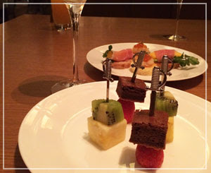 パレスホテル東京にて、カウントダウンパーティー。のんびり迎える年明けでした。