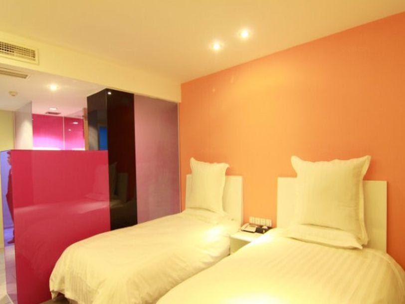 Review Hangzhou Weike Holiday Hotel