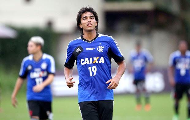 Marcelo Moreno treino Flamengo (Foto: Alexandre Cassiano / Ag. O Globo)
