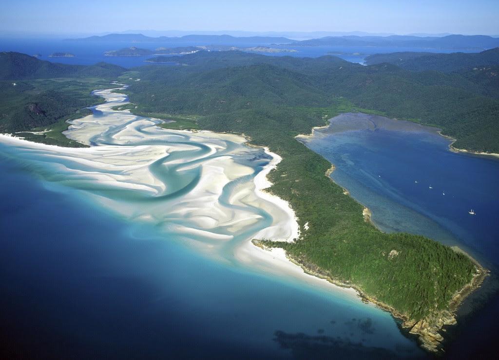 perierga.gr - η παραλία με την πιο λευκή άμμο