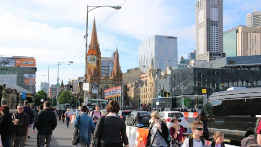Melbourne looks to Europe to deal with congestion — but the Premier is unconvinced